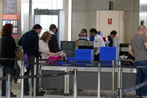 Airport security: Ground staff should have same screening process as air crew, pilots say